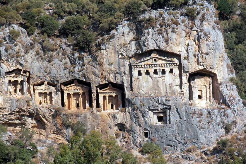 Tumbas Licias de Myra en Turquía, necrópolis rupestre - tumbas licias myra turquia - Tumbas Licias de Myra en Turquía, necrópolis rupestre