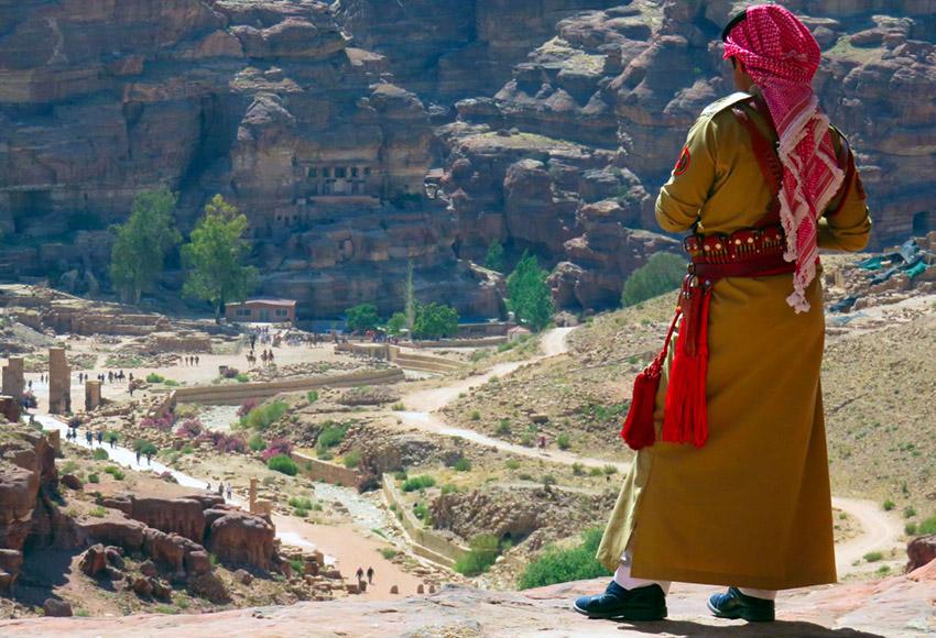 jordania - seguridad en jordania - ¿ Es seguro viajar a Jordania ?