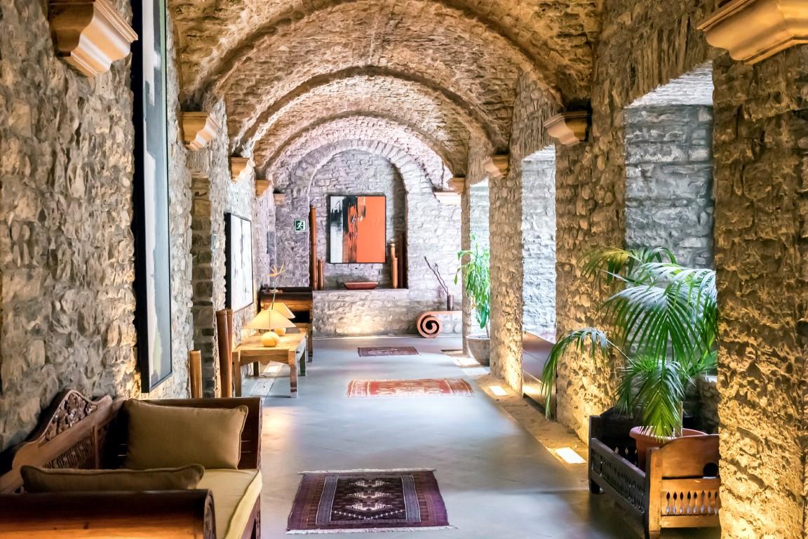 Hotel Barceló Monasterio de Boltaña hotel barceló monasterio de boltaña - Hotel Barcel   Monasterio de Bolta  a 08 - Hotel Barceló Monasterio de Boltaña, lujo entre naturaleza e historia