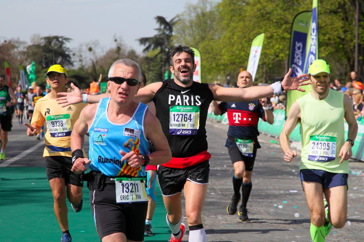 Maratón de París - Paris Marathon maratón de parís - paris marathon 2018 1160x773 - Maratón de París: análisis, recorrido, entrenamiento y recomendaciones de viaje