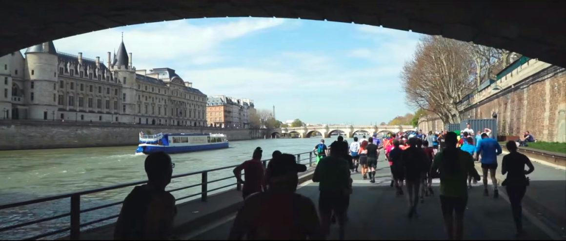 Maratón de París - Paris Marathon maratón de parís - paris marathon video frame 4 1160x494 - Maratón de París: análisis, recorrido, entrenamiento y recomendaciones de viaje