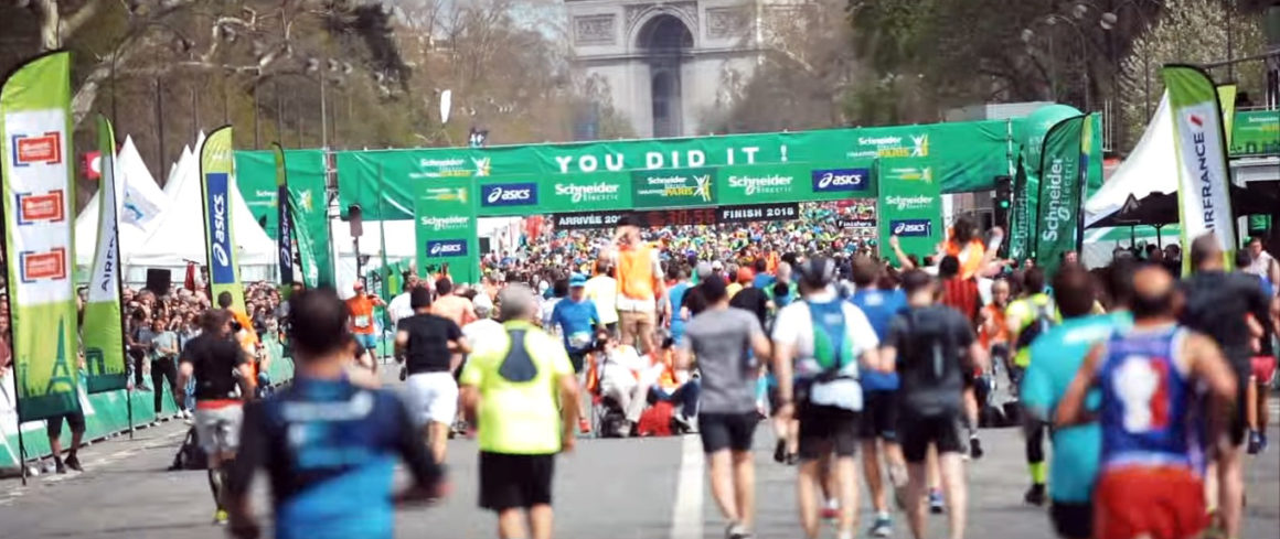 Maratón de París - Paris Marathon maratón de parís - paris marathon video frame 6 1160x489 - Maratón de París: análisis, recorrido, entrenamiento y recomendaciones de viaje