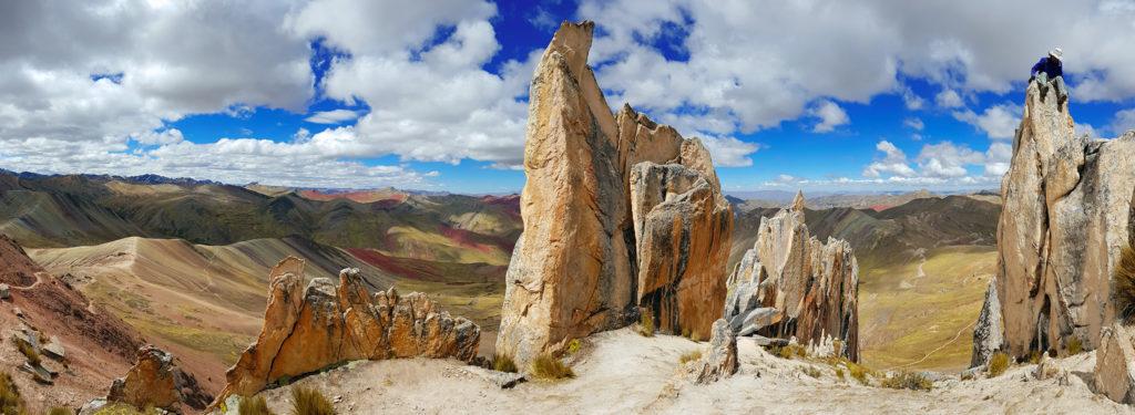 montaña arcoiris montaña arcoiris - montana colores palcoyo vinicunca peru cusco 04 1024x375 - Montaña Arcoiris de Perú, naturaleza multicolor