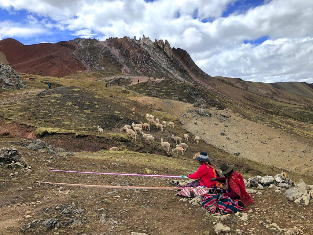 montaña arcoiris montaña arcoiris - montana colores palcoyo vinicunca peru cusco 19 1024x768 - Montaña Arcoiris de Perú, naturaleza multicolor