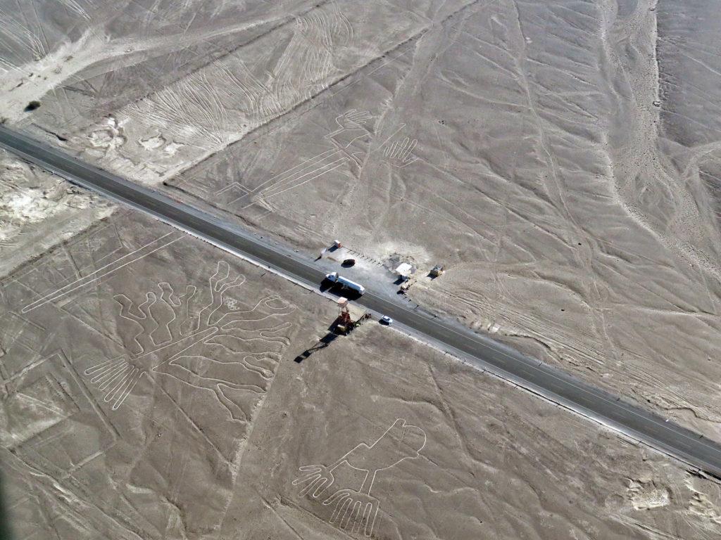 Líneas de Nazca líneas de nazca - sobrevolar las lineas de nazca nasca peru 14 1024x768 - Sobrevolar las líneas de Nazca, una experiencia extraterrestre en Perú