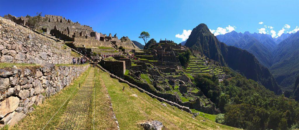 Machu Picchu Peru Aguas Calientes machu picchu - Machu Picchu Peru Aguas Calientes 17 1024x446 - Machu Picchu, un sueño cumplido