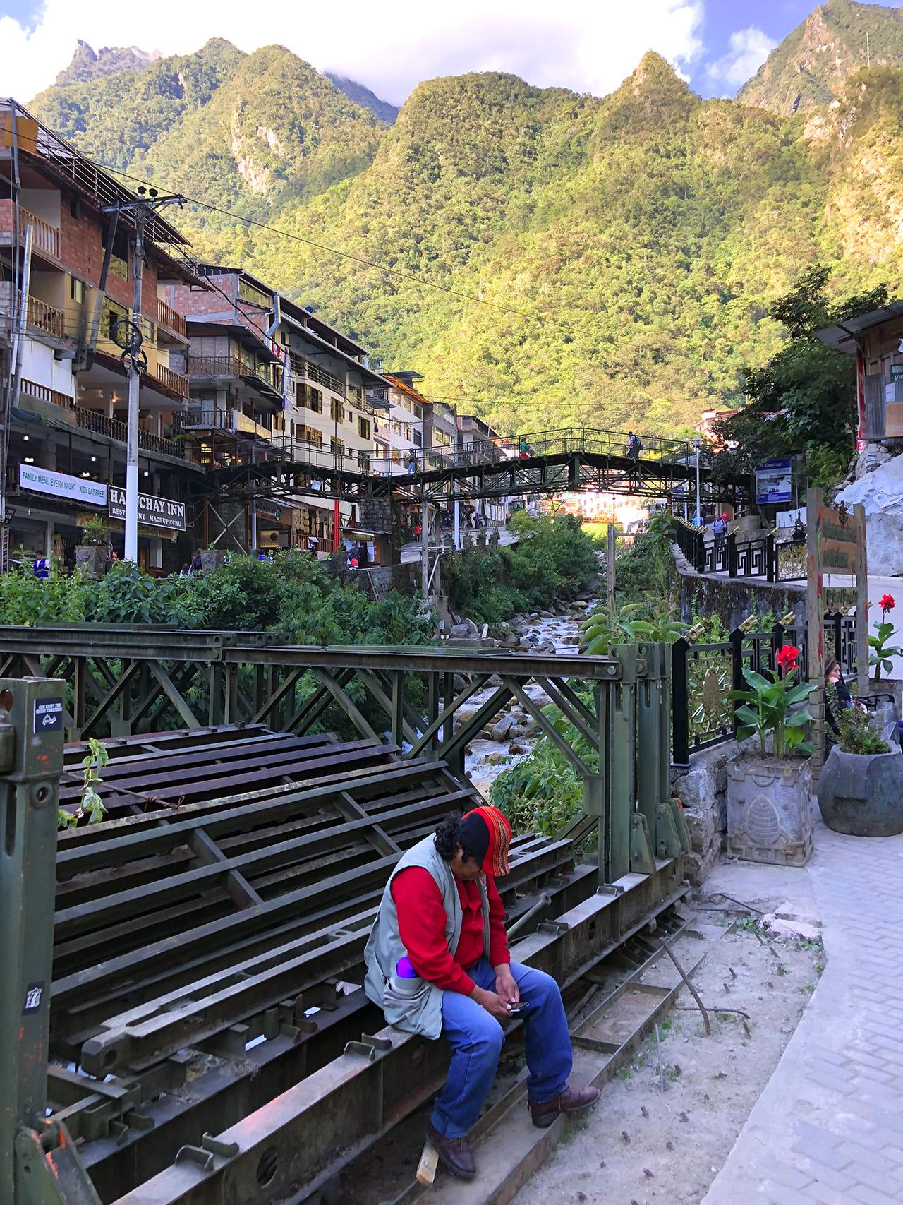 aguas calientes machu picchu pueblo perurail peru aguas calientes - aguas calientes machu picchu pueblo perurail peru 13 - Aguas Calientes, el extraño pueblo de Machu Picchu