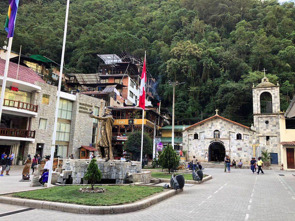 aguas calientes machu picchu pueblo perurail peru aguas calientes - aguas calientes machu picchu pueblo perurail peru 15 1024x768 - Aguas Calientes, el extraño pueblo de Machu Picchu