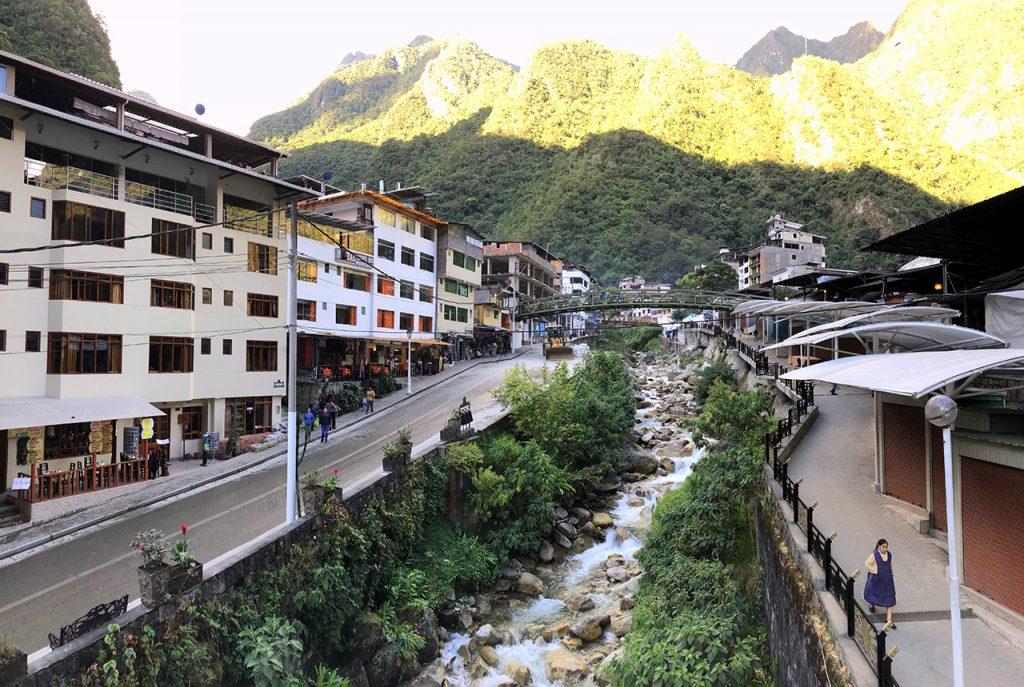aguas calientes machu picchu pueblo perurail peru aguas calientes - aguas calientes machu picchu pueblo perurail peru 23 1024x687 - Aguas Calientes, el extraño pueblo de Machu Picchu