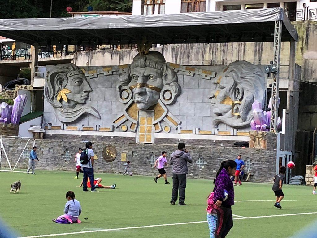 aguas calientes machu picchu pueblo perurail peru aguas calientes - aguas calientes machu picchu pueblo perurail peru 24 1024x768 - Aguas Calientes, el extraño pueblo de Machu Picchu