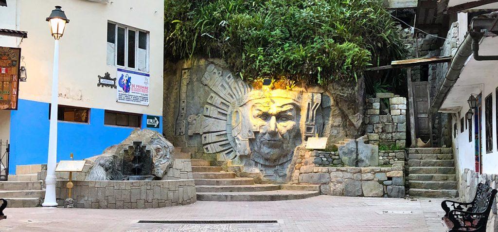 aguas calientes machu picchu pueblo perurail peru aguas calientes - aguas calientes machu picchu pueblo perurail peru 26 1024x477 - Aguas Calientes, el extraño pueblo de Machu Picchu