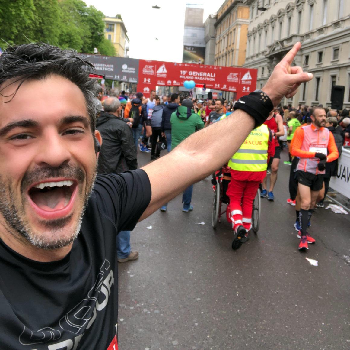 Maratón de Milán - Milan Marathon Maratona maratón de milán - maraton de milan milano maratona marathon italy italia 01 1160x1158 - Maratón de Milán: análisis, recorrido, entrenamiento y recomendaciones de viaje