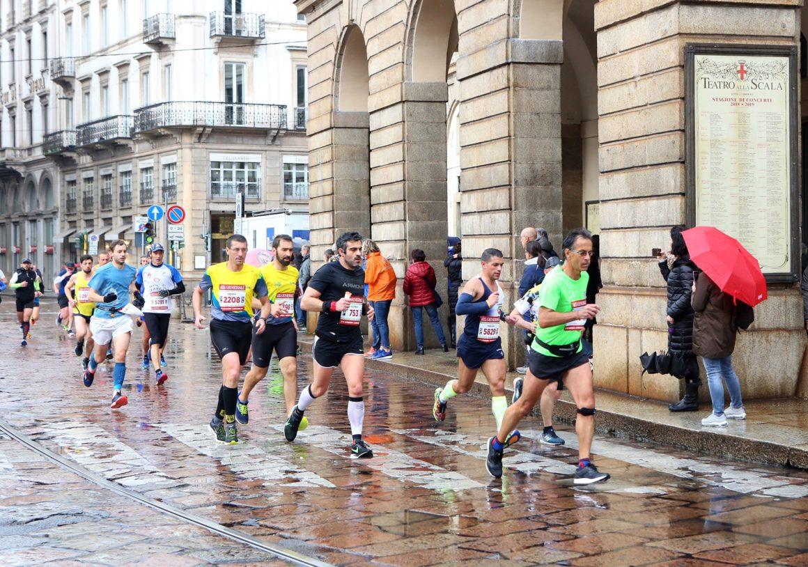 Maratón de Milán - Milan Marathon Maratona maratón de milán - maraton de milan milano maratona marathon italy italia 05 1160x814 - Maratón de Milán: análisis, recorrido, entrenamiento y recomendaciones de viaje