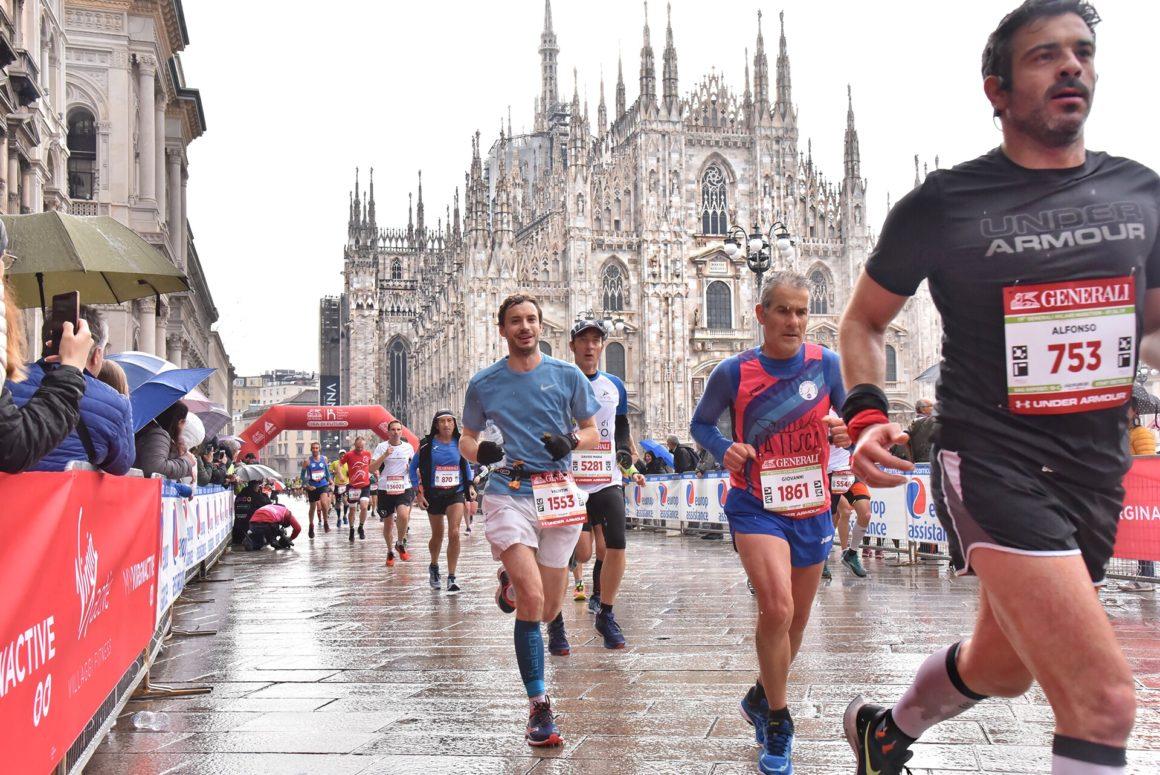 Maratón de Milán - Milan Marathon Maratona maratón de milán - maraton de milan milano maratona marathon italy italia 06 1160x775 - Maratón de Milán: análisis, recorrido, entrenamiento y recomendaciones de viaje