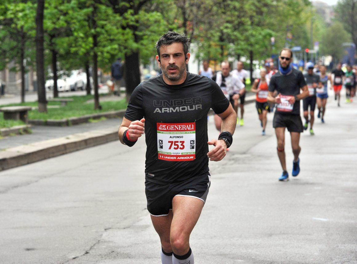 Maratón de Milán - Milan Marathon Maratona maratón de milán - maraton de milan milano maratona marathon italy italia 07 1160x858 - Maratón de Milán: análisis, recorrido, entrenamiento y recomendaciones de viaje