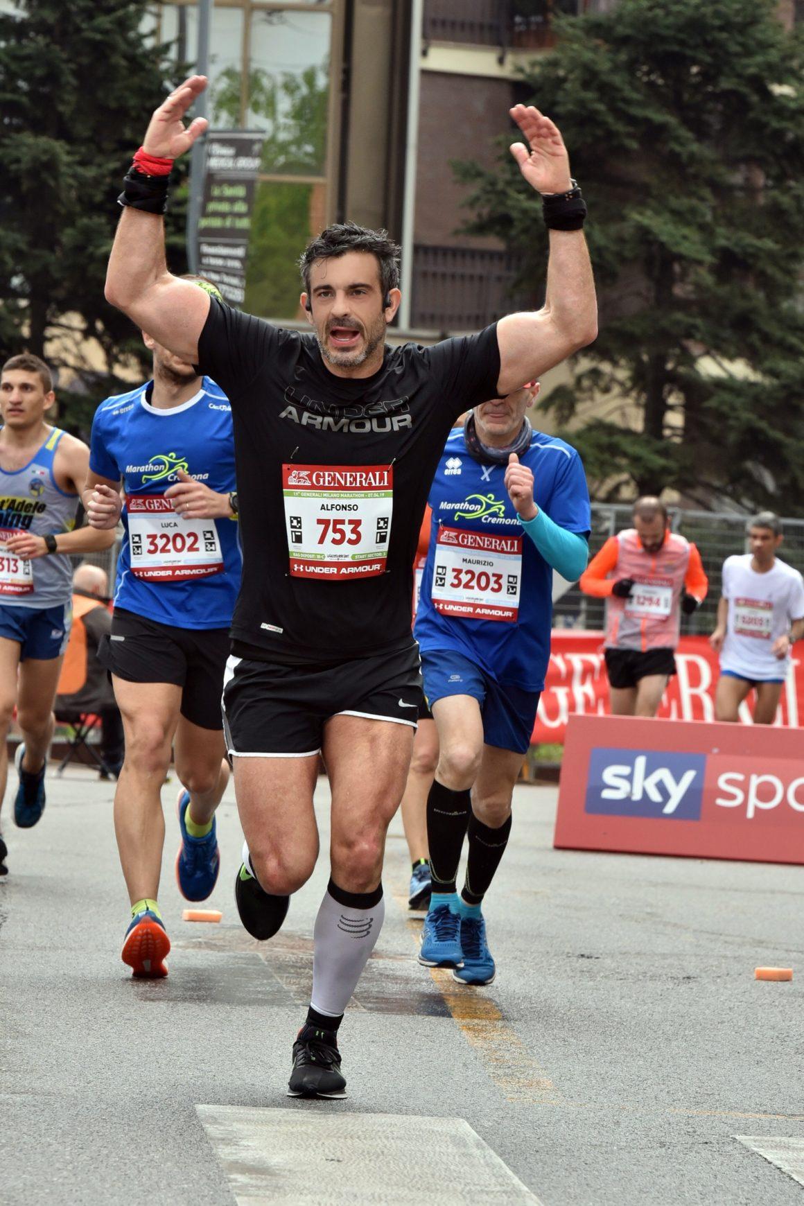 Maratón de Milán - Milan Marathon Maratona maratón de milán - maraton de milan milano maratona marathon italy italia 10 1160x1740 - Maratón de Milán: análisis, recorrido, entrenamiento y recomendaciones de viaje