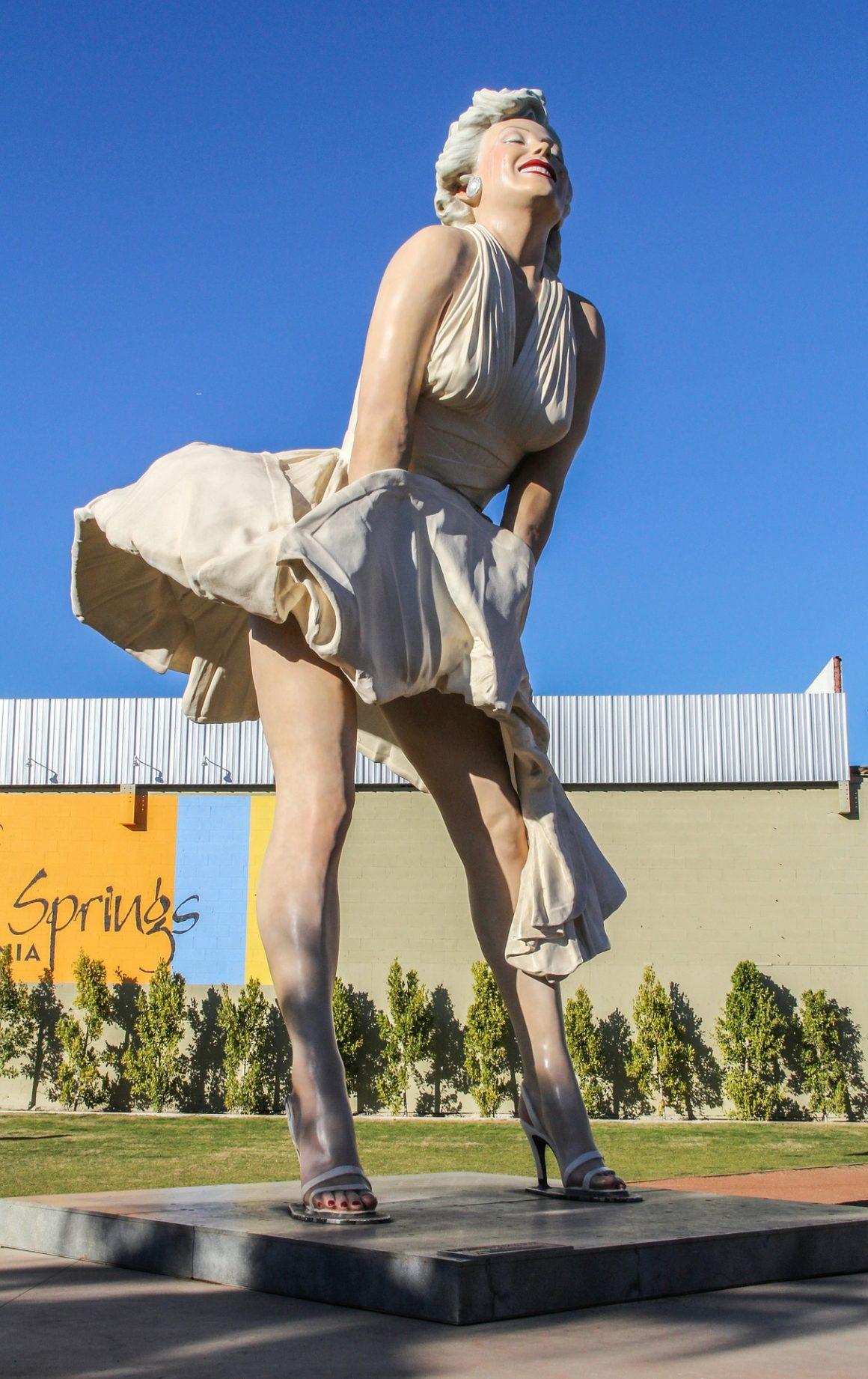 que hacer en Palm Springs, California, Coachella - Thewotme que hacer en palm springs - marilyn 592363 1920 1160x1842 - Las mejores cosas que hacer en Palm Springs